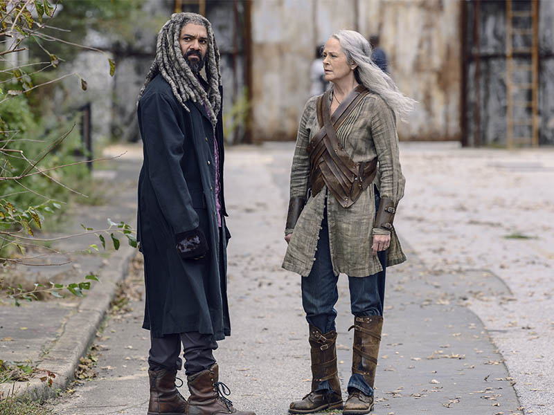the-walking-dead-episode-915-ezekiel-payton-carol-mcbride-pre-800×600