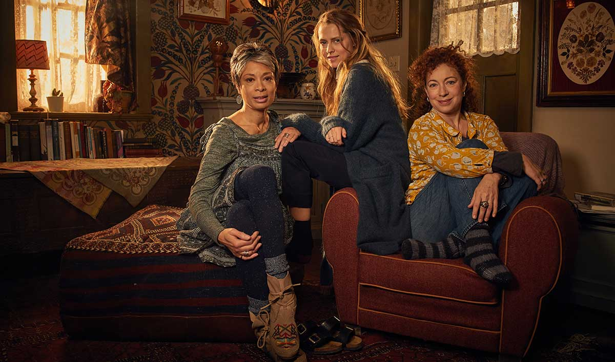 Play Along With the Series Premiere of <em>A Discovery of Witches</em> at Your #WitchesWatchParty