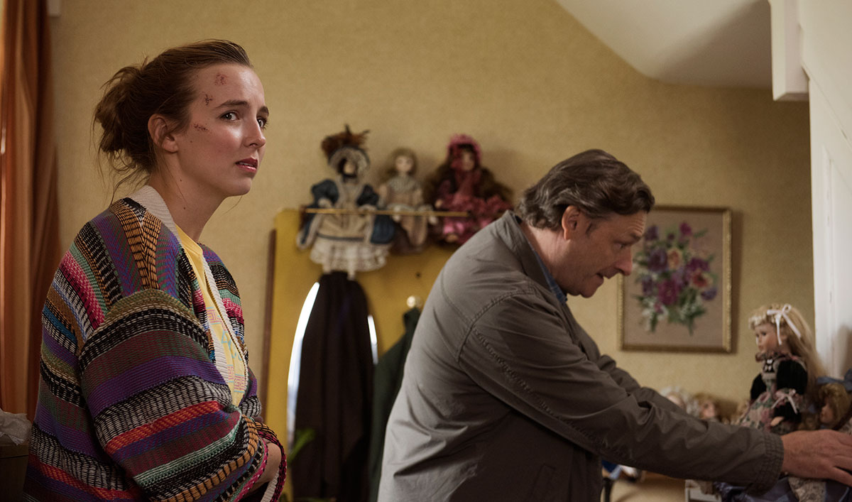 "Villanelle Turns to a ""Good"" Samaritan for Help in Episode 2"