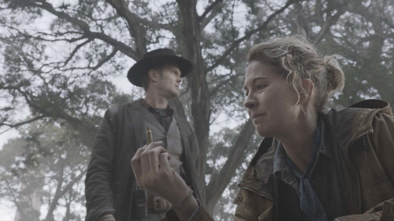 Watch Fear The Walking Dead 501: Here To Help - Stream the Full