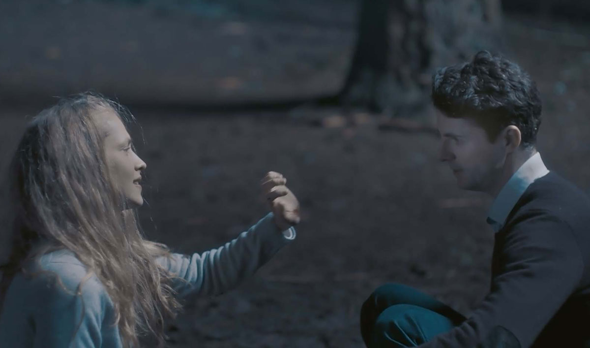 Diana Tests Matthew&#8217;s Vampire Impulses in This Scene From <em>A Discovery of Witches</em> Episode 7