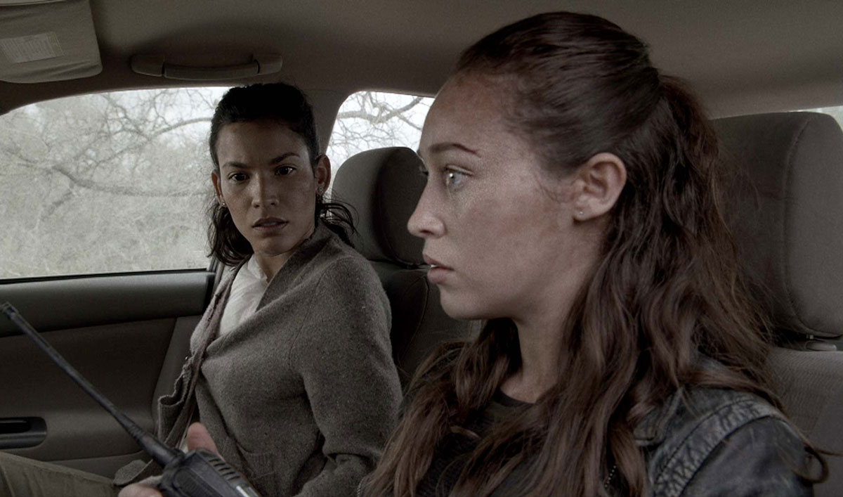 Sneak Peek <em>Fear the Walking Dead</em> Episode 2: Who Are Annie and Dylan Hiding From?