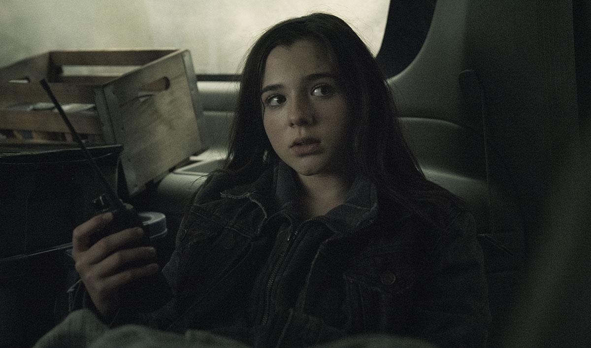 <em>Fear the Walkiner Dead</em>Sneak Peek: Will Charlie Get Caught Snooping in Daniel's Car?