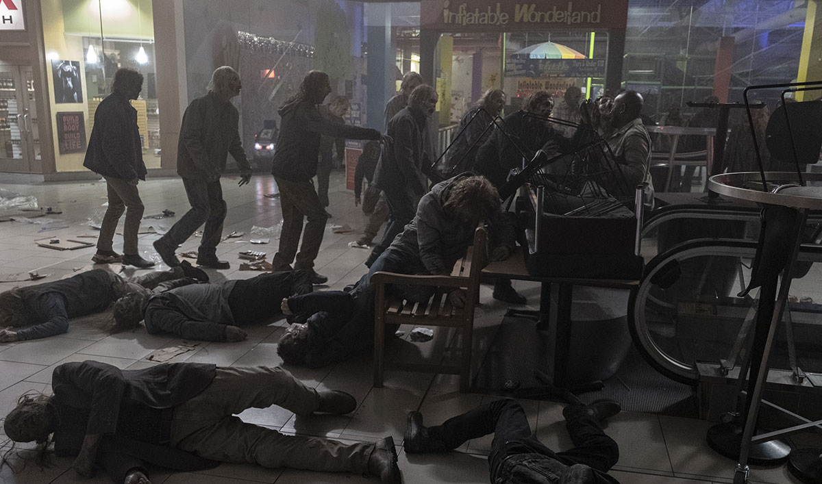 Watch the Mall Madness on an All-New <em>Fear the Walking Dead</em>