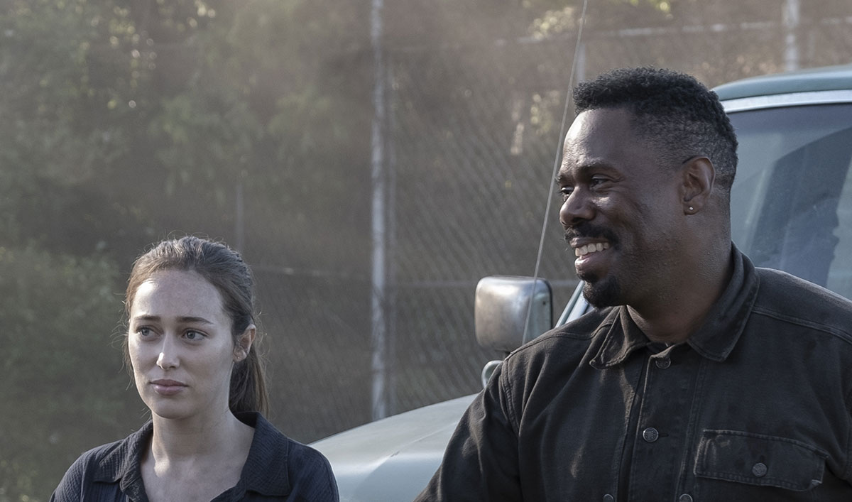<em>Fear the Walking Dead</em> Sneak Peek: Should Alicia and Victor Trust a New Voice?