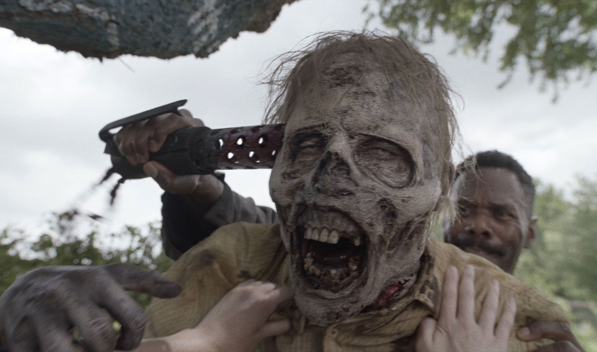 <em>Fear the Walking Dead</em> Kill of the Week: Strand Decapitates a Walker to Save Alicia