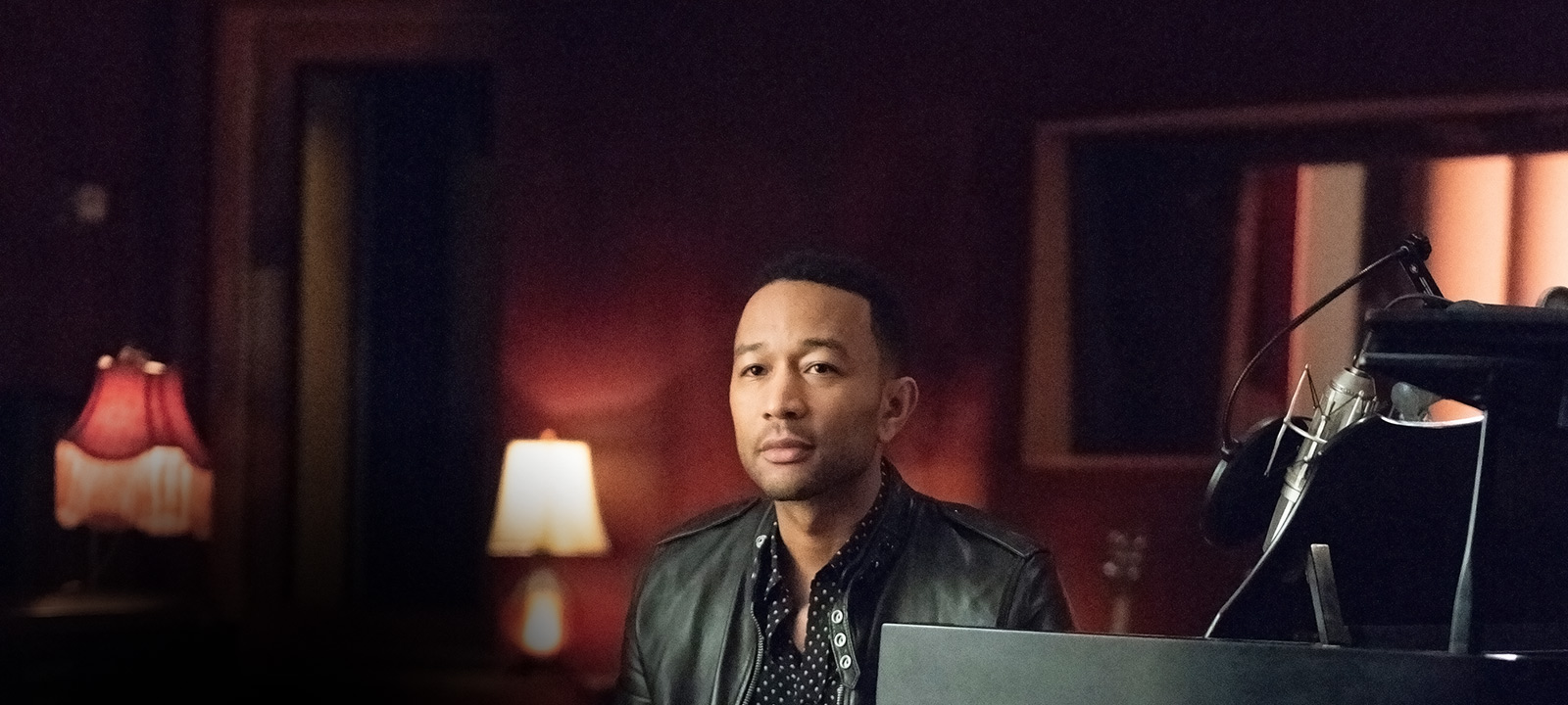 hip-hop-songs-that-shook-america-101-john-legend-800×600