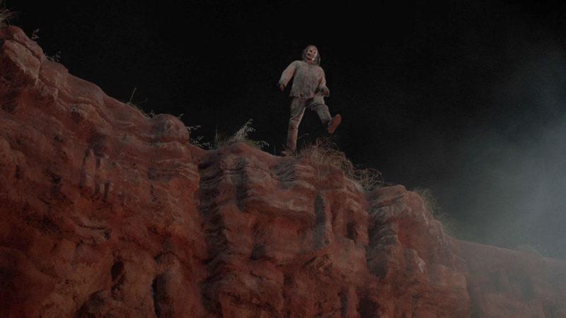 <em>Fear the Walking Dead</em> Episode 13's Best Walker Kill Is a Real Cliffhanger