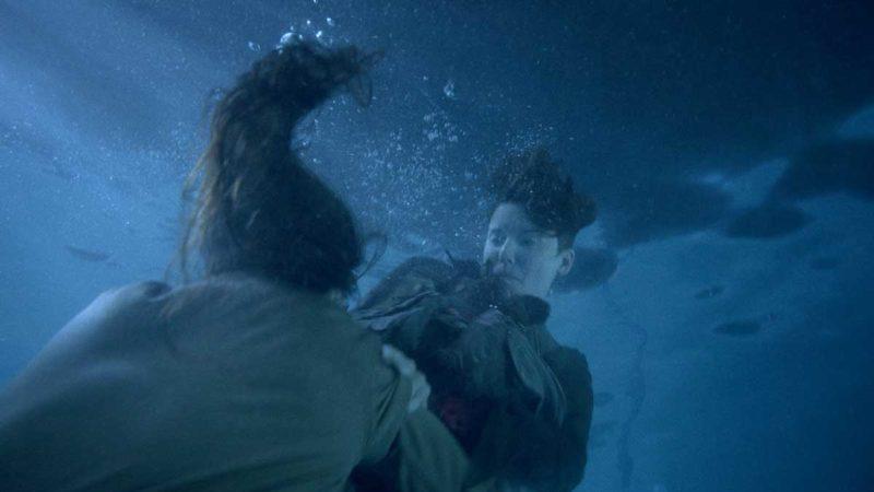 Watch Morgan and Al's Intense Underwater Walker Kill From <em>Fear the Walking Dead</em> Episode 14
