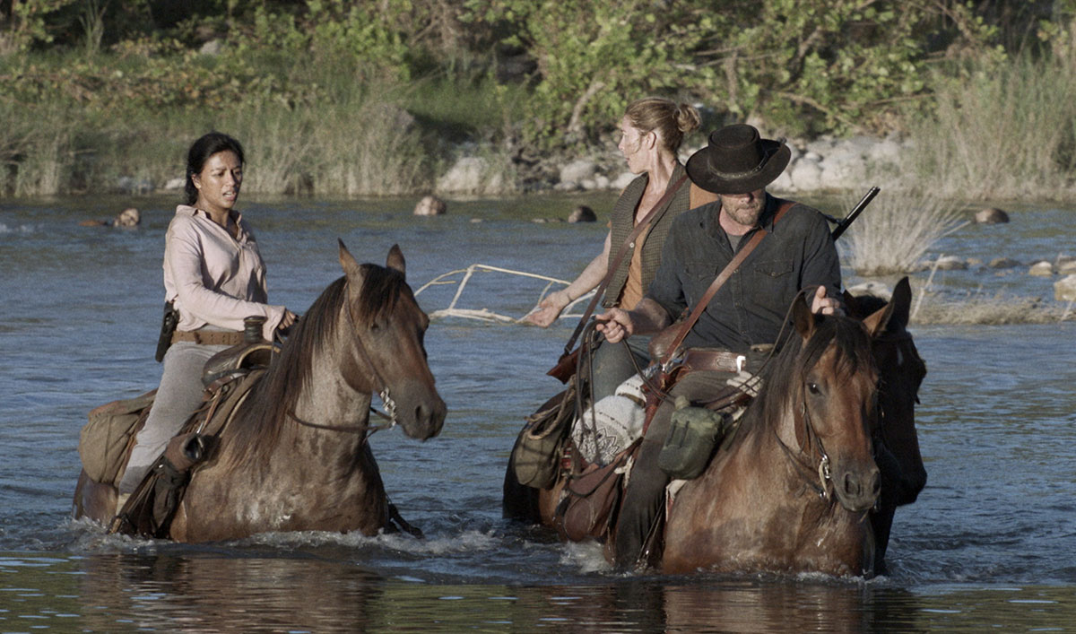 Watch the The Group Crosses a River to Escape a Herd in the <em>Fear the Walking Dead</em> Season 5 Finale