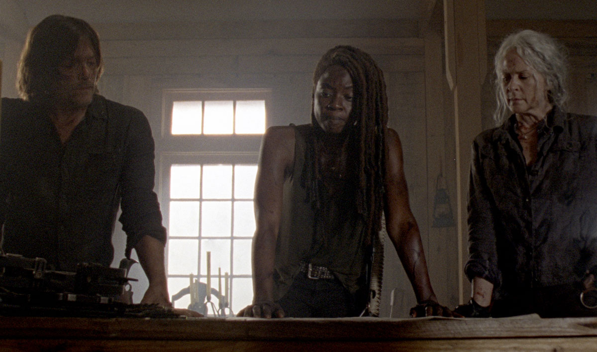 Sneak Peek of <em>The Walking Dead</em> Episode 3:  Michonne Prepares to Talk With Alpha