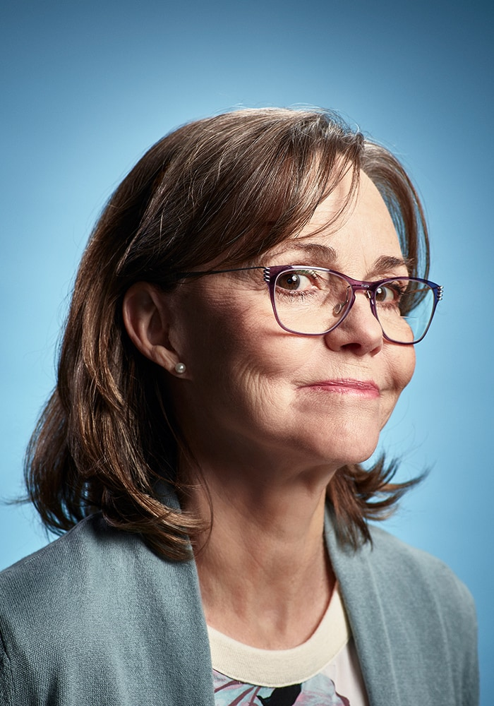 Dispatches-From-Elsewhere_BLUE_Sally_Field_800x600