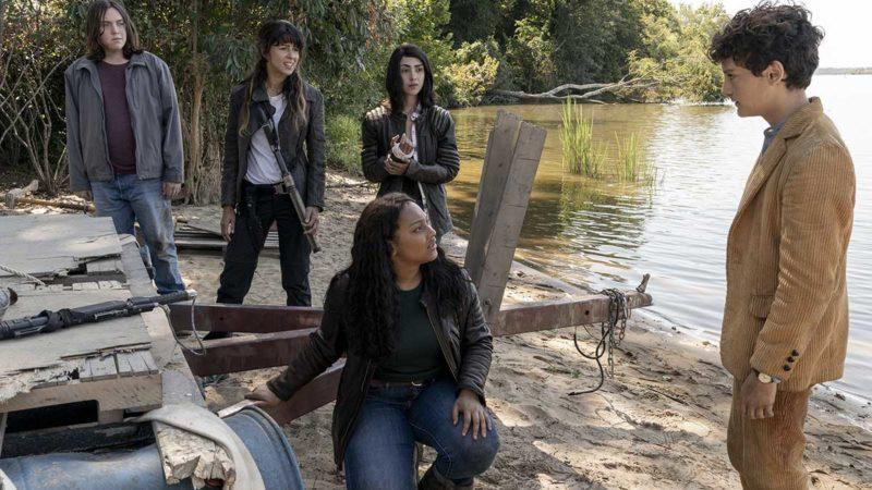 <em>The Walking Dead: World Beyond</em> Premiere Date Announced — See New Sneak-Peek Photos