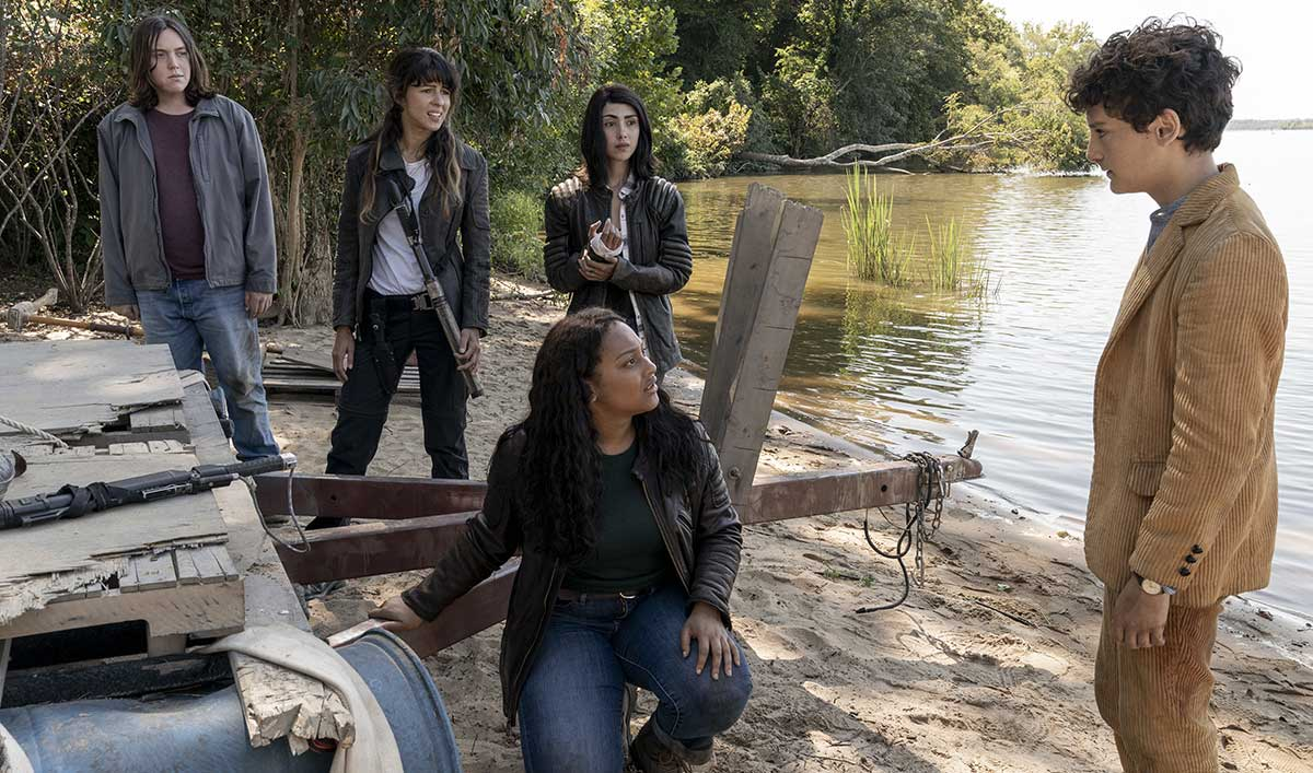 <em>The Walking Dead: World Beyond</em> Premiere Date Announced — See New Sneak-Peek Photos