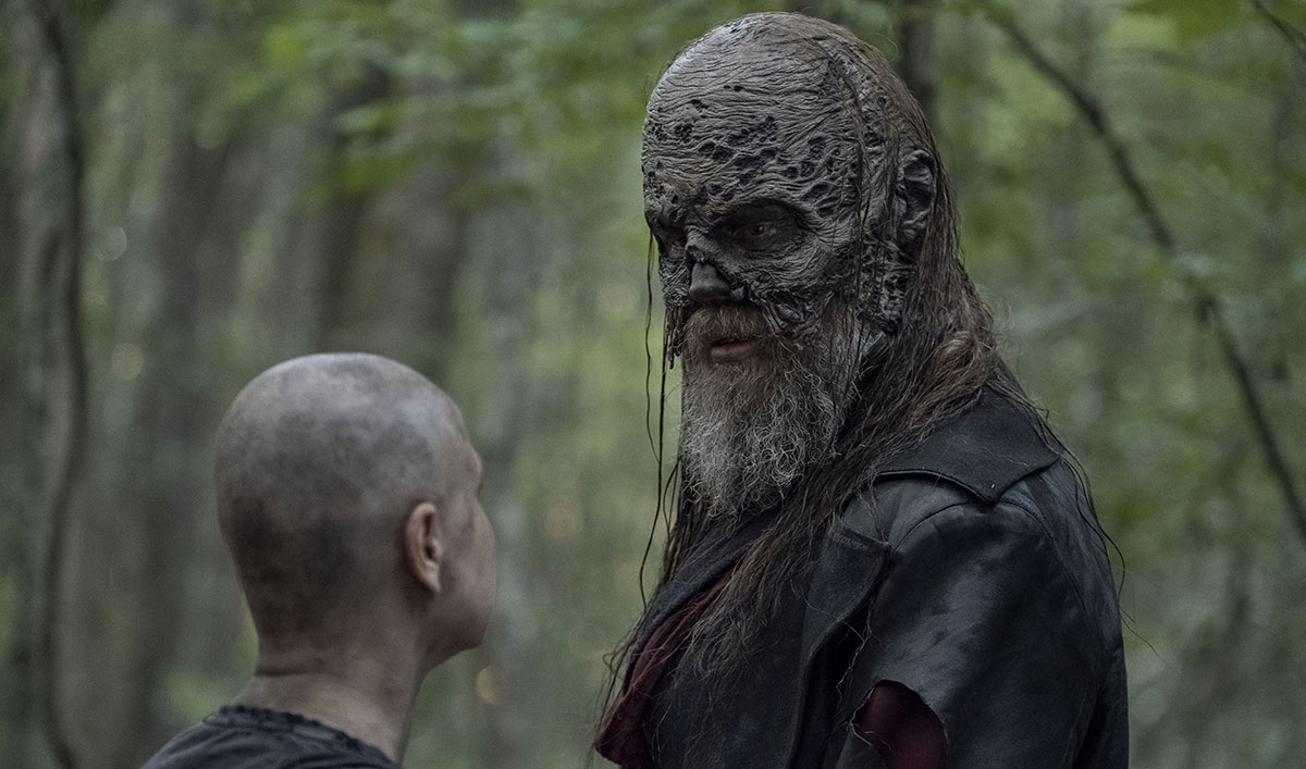 "Get an Inside Look at the ""Nail-Biting"" Final Episodes of <em>The Walking Dead</em> Season 10"