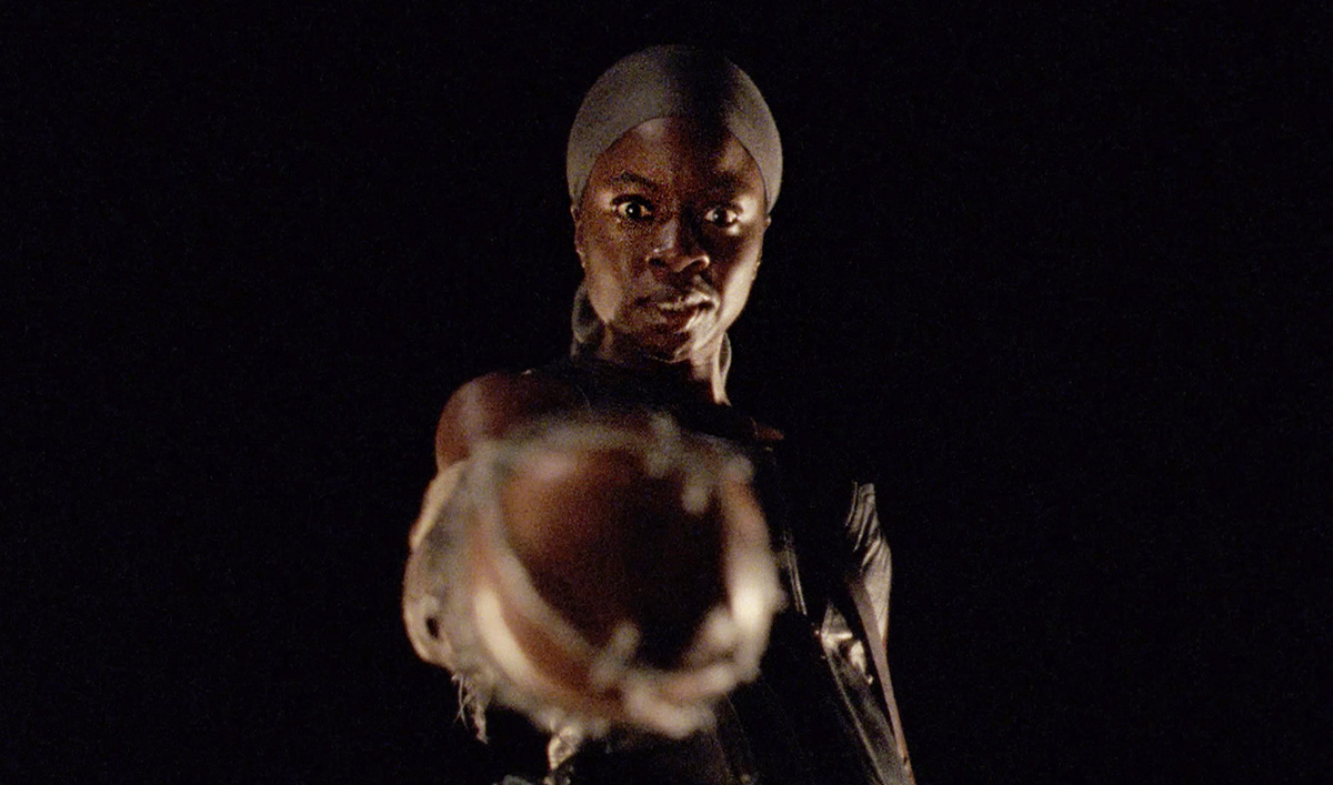 New Teaser for <em>The Walking Dead</em> Mid-Season Premiere Shows There's Darkness Ahead For Michonne and the Survivors