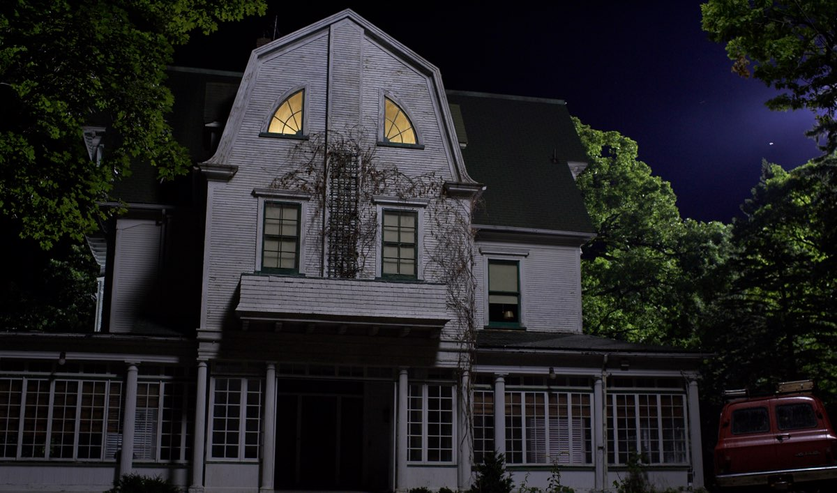 Some of America's Most Haunted Towns and the Tales They're Known For