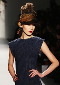 im1-fashionweek-hat-200.jpg