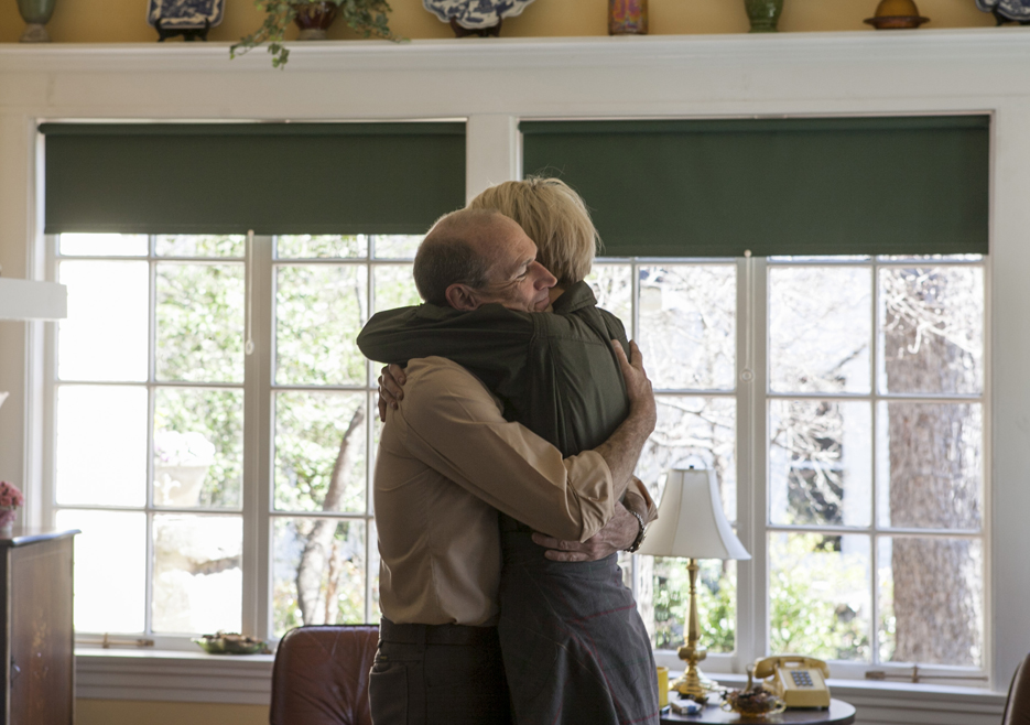 John Bosworth (Toby Huss) y Cameron Howe (Mackenzie Davis) Foto: Tina Rowden/AMC