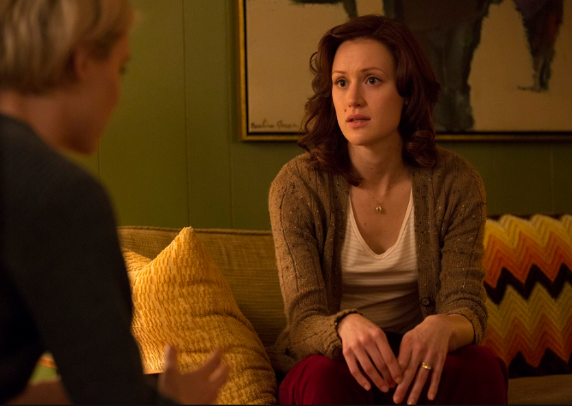 Donna Clark (Kerry Bishé) y Cameron Howe (Mackenzie Davis) by Photo by by James Minchin III/AMC