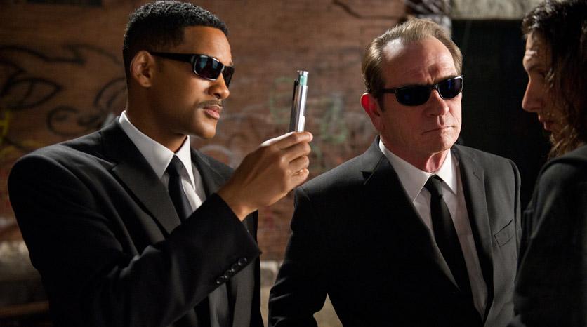 MEN-IN-BLACK-3-TEXTO