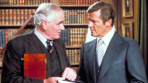 dez regras quebradas por James Bond ao usar fato