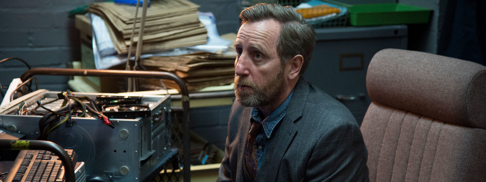 Luther_s4_characters_BennySilver