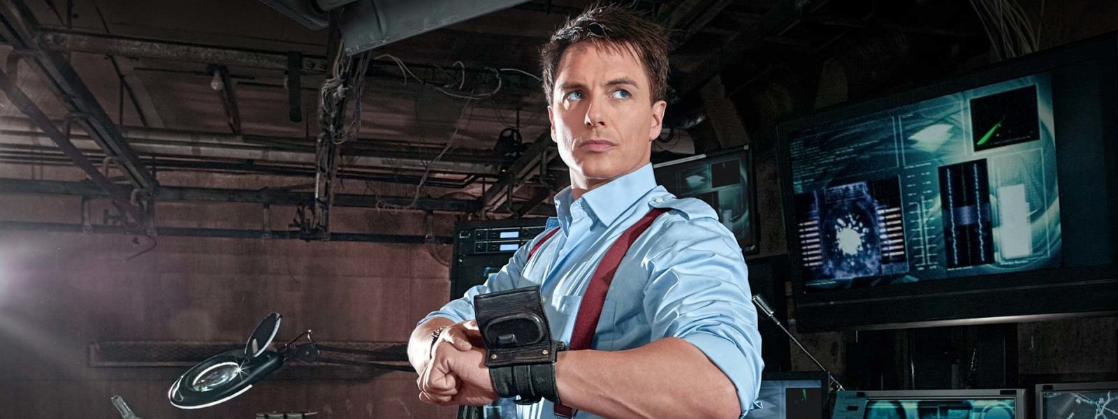 torchwood_jack_bio01