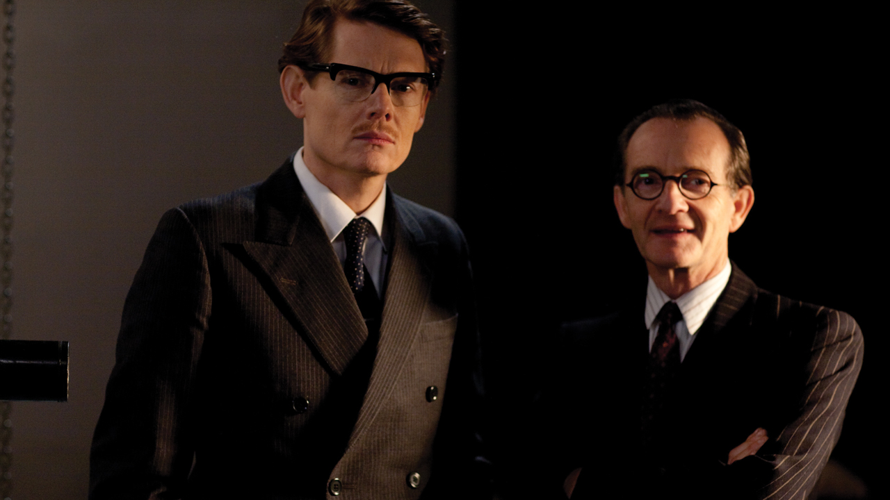 Angus (Julian Rhind-Tutt) and Clarence Fendley(Anton Lesser)