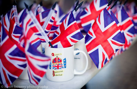 While London partied the four-day weekend away, Brits in America honored the Queen's Diamond Jubilee in their own fashion. The Los Angeles-based expat group Brits in LA celebrated the Diamond Jubilee with a street tea party at the Palihouse hotel in West Hollywood. (Photo: Dawn Bowery Photography)