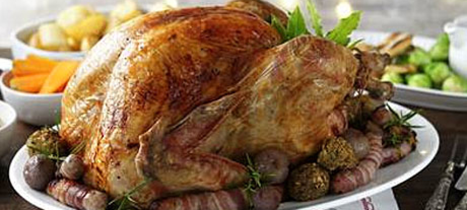 England Christmas Dinner.Anatomy Of A British Christmas Dinner Anglophenia Bbc