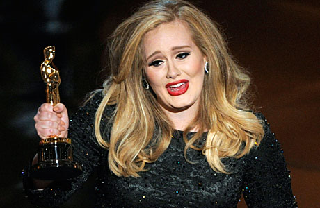Adele receives her Academy Award