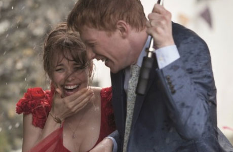 Rachel McAdams and Domhall Gleeson in 'About Time'