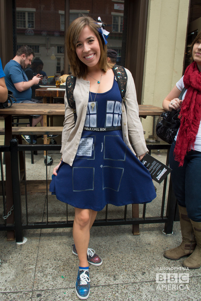 We've never seen a TARDIS curtsy before. (Photo: Dave Gustav Anderson)
