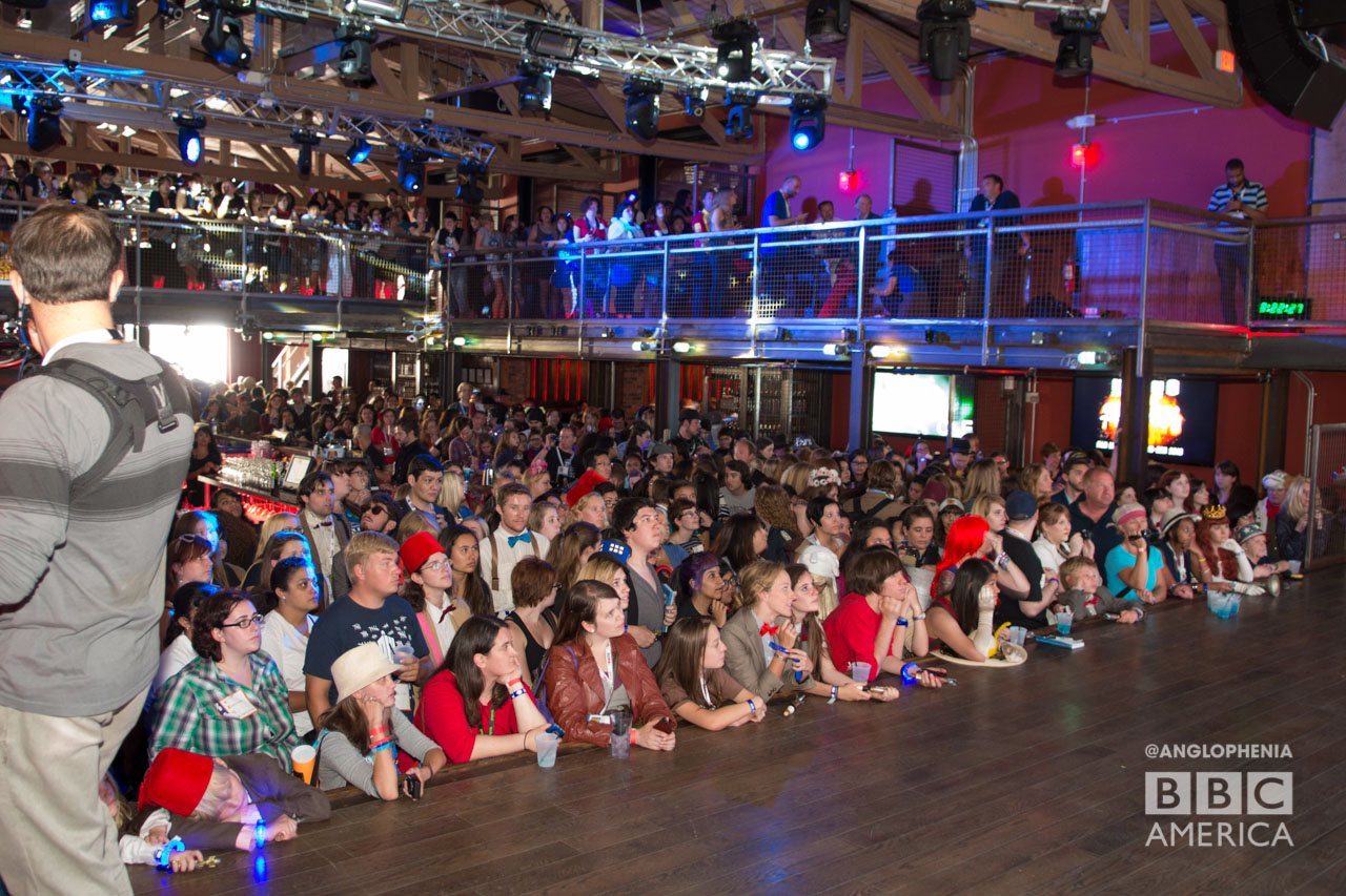 The crowd inside the 'Doctor Who' fan meetup. (Photo: Dave Gustav Anderson)