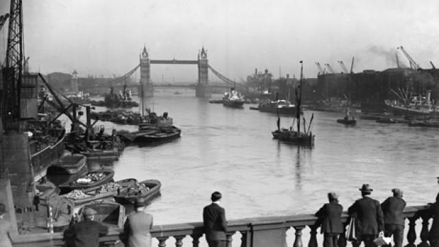RIVER THAMES 1929