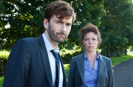 David Tennant and Olivia Colman as Detective Inspector Alec Hardy and Detective Sergeant Ellie Miller, respectively, in Broadchurch. (BBC)