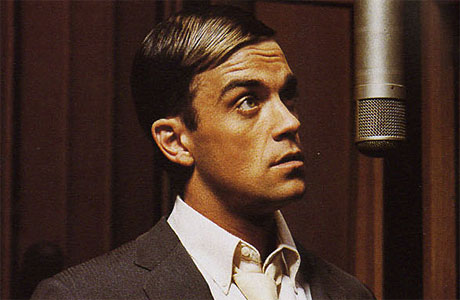 Robbie Williams recording his big band album 'Swing When You're Winning' in 2001.