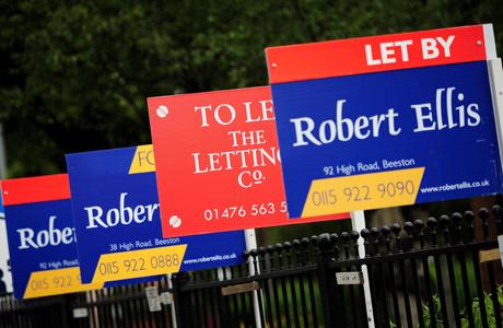 If you have to up and leave the U.K., here's how to rent out your flat. (Photo: Press Association via AP Images)