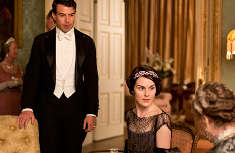 A possible suitor, Lord Gillingham, has entered Lady Mary's life. (ITV)
