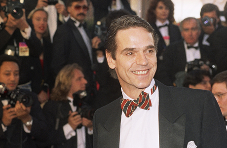 "Actor Jeremy Irons arrives at the Shrine Auditrium in los Angeles for the 63rd Annual Academy Awards March 25, 1991.          Irons received the Oscar for best actor for ""Reversal of Fortune.""    (AP Photo/Mark J.Terrill) 1991, Reversal of Fortune"