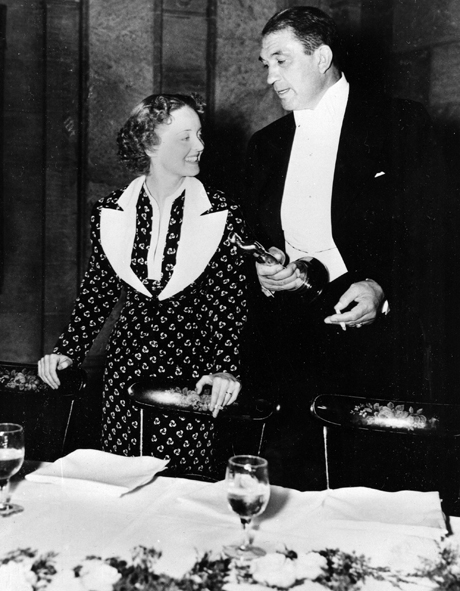 "Bette Davis and Victor McLaglen are shown after winning their Oscars at the 1935 Academy Awards banquet held at the Biltmore Bowl, Biltmore Hotel in Los Angeles, Ca., on March 5, 1936.  Davis was named best actress for her role in ""Dangerous,"" and McLaglen won best actor for his performance in ""The Informer.""   (AP Photo) The Informer, 1935"
