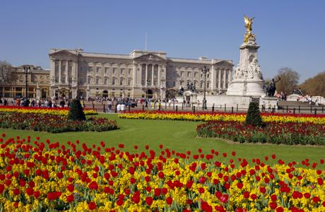 Buckingham Palace, London, England, UK (Charles Bowman/Robert Harding /AP Images)