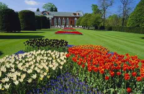 Tulips and the Orangery, Kensington Palace, Kensington Gardens. (Ellen Rooney/Robert Harding /AP Images)