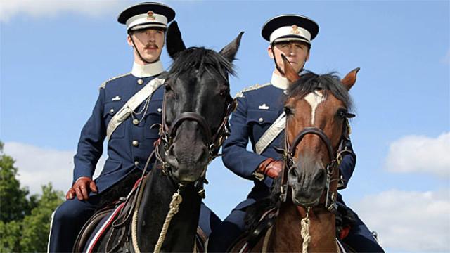 Benedict Cumberbatch and Tom Hiddleston in 'War Horse'