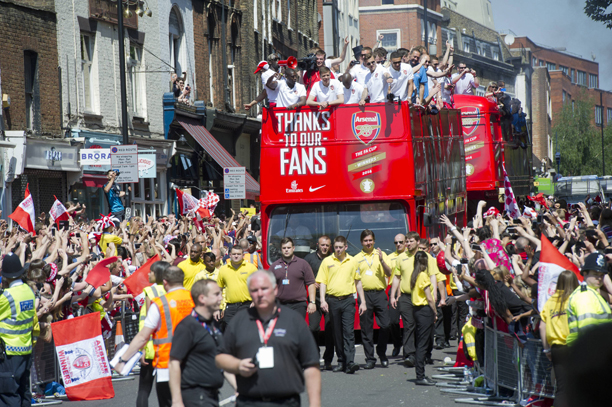 ARSENAL FOOTBALL TEAM - FA CUP VICTORY PARADE THROUGH THE STREET OF ISLINGTON NORTH LONDON - 18TH MAY 2014 CODE:366993 COPYRIGHT EXPRESS NEWSPAPERS Ref - Nemar (Express Newspapers via AP Images)
