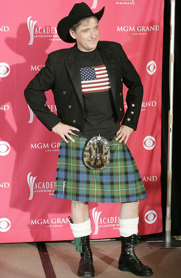 Comedian Craig Ferguson, of Scotland, poses backstage at the 41st Academy of Country Music Awards, Tuesday, May 23, 2006, in Las Vegas. (AP Photo/Eric Jamison)