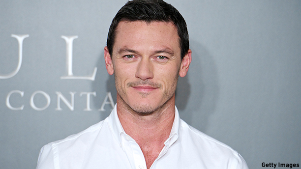 "MADRID, SPAIN - OCTOBER 21:  Actor Luke Evans attends the ""Dracula"" (Dracula Untold) photocall at the Villamagna Hotel on October 21, 2014 in Madrid, Spain.  (Photo by Carlos Alvarez/Getty Images)"