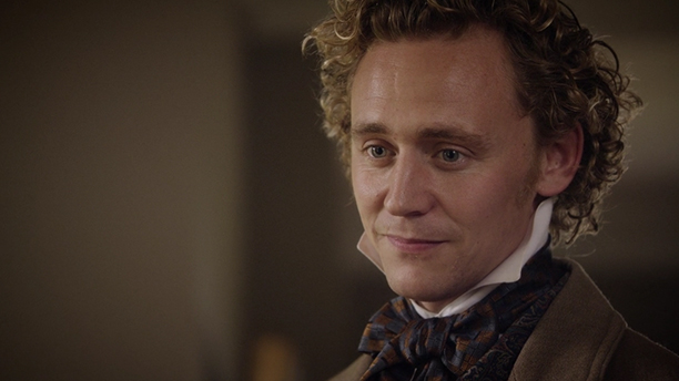 Tom Hiddleston and his checkered cravat are perfection in Cranford. (BBC)