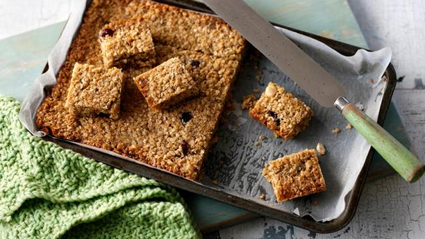 Flapjacks (Pic: BBC Food)